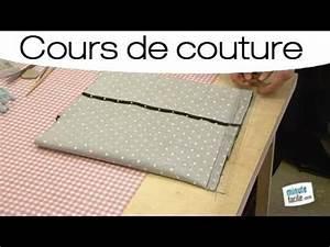 Coudre Une Housse De Coussin : coudre une housse de coussin en forme portefeuille youtube ~ Melissatoandfro.com Idées de Décoration