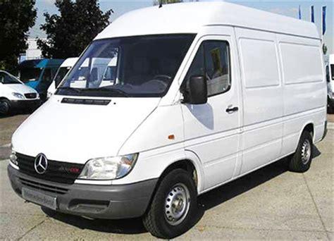 siege social mercedes location de camionnettes de déménagement à liège en belgique