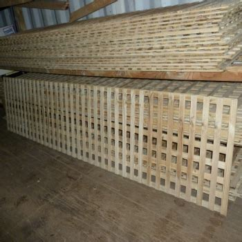 T/Pine 42mm Square Lattice Trellis Privacy Screen fencing