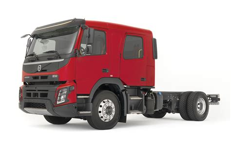 volvo truck fl volvo fl and fmx trucks now available in crew cab guise