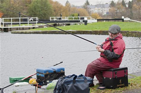 Fishing Boat Hire Edinburgh by Fishing On The Forth Clyde And Union Canals Scottish