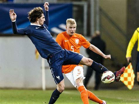 Mark parsons nieuwe bondscoach oranjeleeuwinnen. Jong Oranje onmachtig tegen leeftijdsgenoten Frankrijk   Goal.com