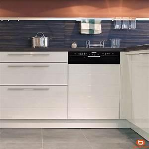 Lave Vaisselle Pose Libre Sous Plan De Travail : comment bien choisir son lave vaisselle cuisinity ~ Melissatoandfro.com Idées de Décoration
