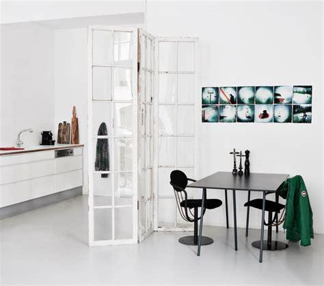 lumiere sous meuble de cuisine coin chambre dans le salon 40 idées pour l 39 aménager