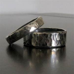 Mens wedding band matching women39s wedding band for Custom made wedding bands to fit engagement ring