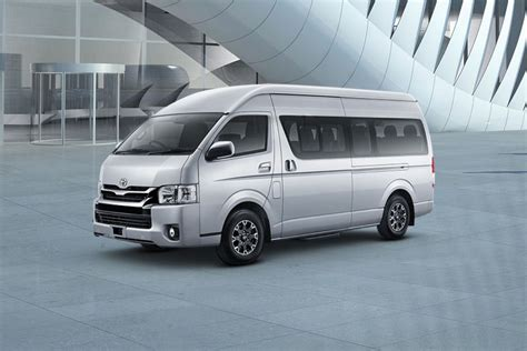 Toyota Hiace Backgrounds by Toyota Hiace Images Check Interior Exterior Photos Oto