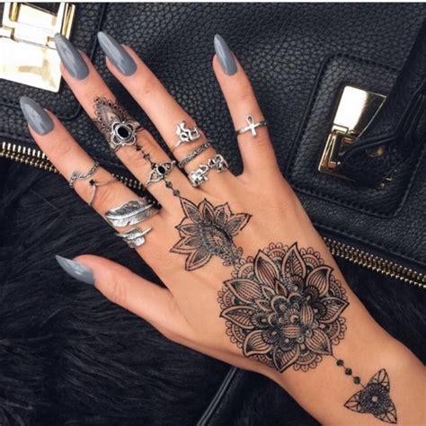 Tatouage Bague Femme Tattoo Art