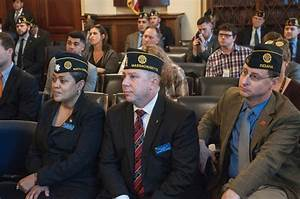 Poll: Marijuana research widely supported among veterans ...