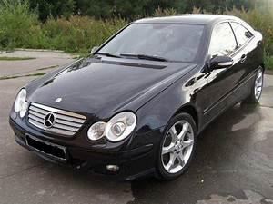 Mercedes Classe C 2006 : review photo and video review of mercedes benz c class 2006 ~ Maxctalentgroup.com Avis de Voitures