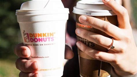 Dunkin' donuts is a popular coffee and baked goods chain in the united states and also worldwide. The Lowest Sugar Choices At Dunkin' Donuts in 2020 | Dunkin donuts, Dunkin, Dunkin donuts iced ...