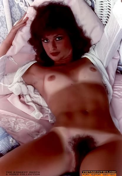Vintage Big Tits Hairy Pussy