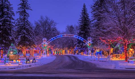 christmas village in irvine park chippewa falls wi