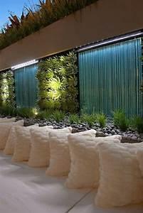 la deco exterieure avec une fontaine murale archzinefr With amenagement de jardin avec des pierres 17 la deco exterieure avec une fontaine murale archzine fr