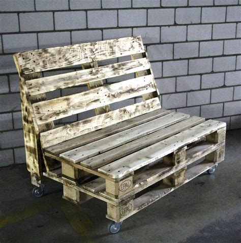 Pallett Bench by Rustic Pallet Bench On Wheels 101 Pallets