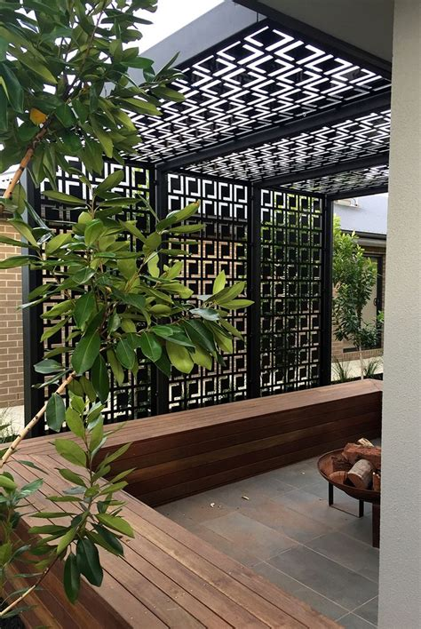 Backyard Privacy Screen by Best 25 Outdoor Privacy Screens Ideas On