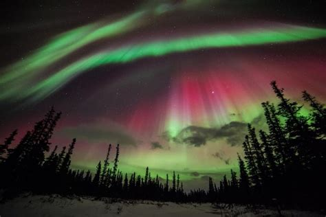 alaska northern lights 5 stunning images of the northern lights in alaska
