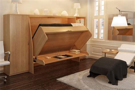 bureau avec ordinateur intégré enfin du mobilier escamotable multifonctionnel