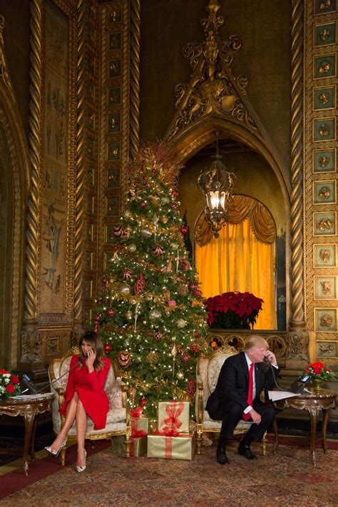 christmas eve photo  president donald  trump