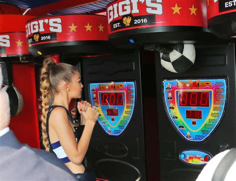 Pier Boxing by Gigi Hadid Punches A Punch Boxer Machine At Tommy Pier 04