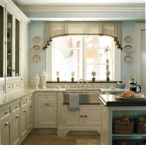 french country kitchen yellow blue video
