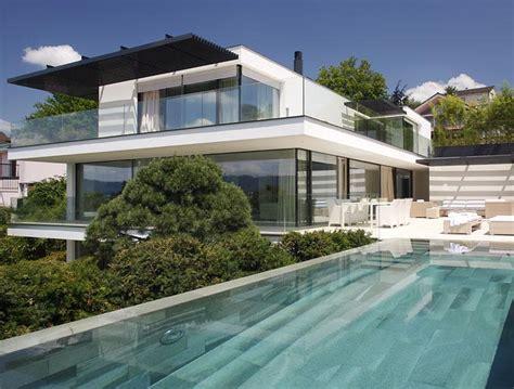 Houseboat Zurich by Architektenh 228 User Villa Am Z 252 Richsee Sch 214 Ner Wohnen