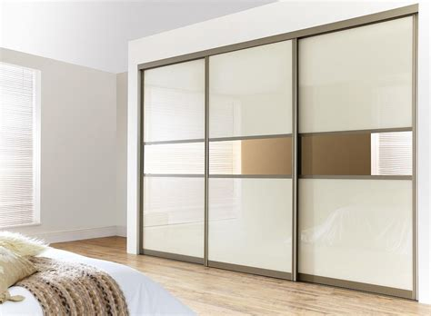 Sliding Wardrobe Doors by Bedrooms Fitted Sliding Door Wardrobes And Bedroom