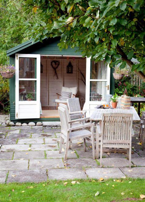 Garden furniture in country style   Interior Design Ideas