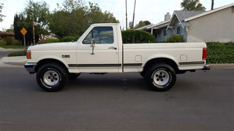 ford   short bed  efi   automatic ac