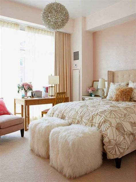 Decorating Ideas For A S Bedroom by Chagne Gold Bedroom For Bedrooms