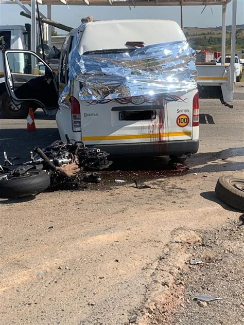 Two pupils die in accident, others still trapped