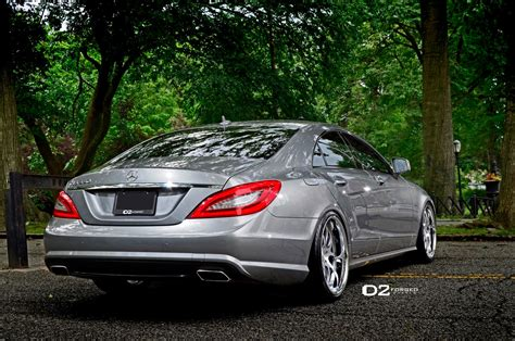mercedes benz cls shines    dforged wheels