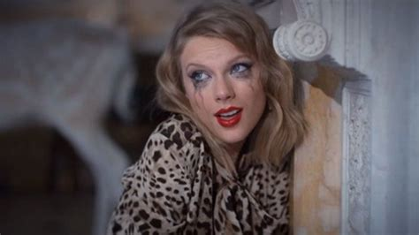 Taylor Swift Goes Crazy In 'blank Space' Video