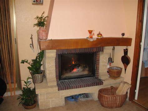 cuisine avec veranda déco cheminée avec insert