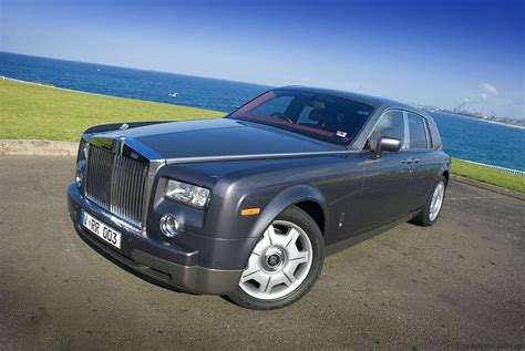 Review Rolls Royce Phantom by Rolls Royce Phantom Review Road Test Photos 1 Of 18