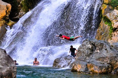 tempat wisata air terjun  aceh  wajib dikunjungi