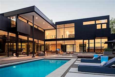 Modern Houses : Ultra Sleek Private Home With Incredible Architecture