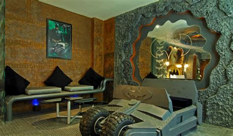 Super Cool Batman-themed Hotel Rooms In Taiwan