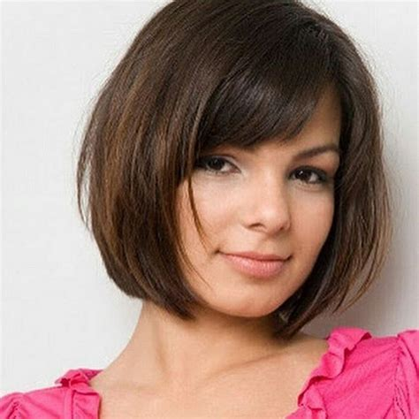 18 Beautiful Short Hairstyles for Round Faces 2016