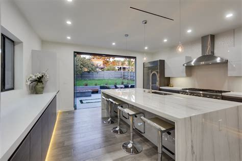 Cool Modern Kitchen In Los Angeles, Ca
