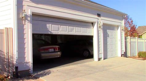 garage door goes up and garage door repair won t stay closed or go