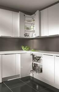 Meuble D Angle Haut Cuisine : astuces pour meubles d 39 angle cuisiniste aviva ~ Teatrodelosmanantiales.com Idées de Décoration