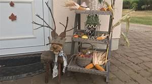 Holz Deko Garten : garten herbstlich gestalten 6 schnell umsetzbare dekoideen ~ Orissabook.com Haus und Dekorationen