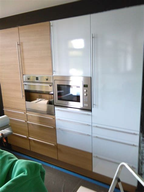 vinyl cuisine relooking complet cuisine par un vinyl adhésif blanc laqué