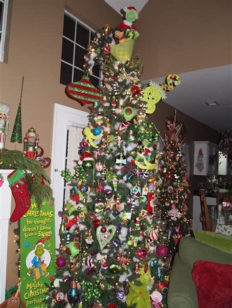 grinch tree all things grinch pinterest