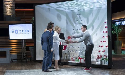 the modern christmas tree on shark tank first invented