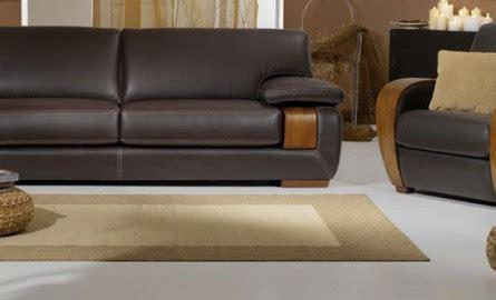 canape poltron un avenir pour le canapé cuir et bois