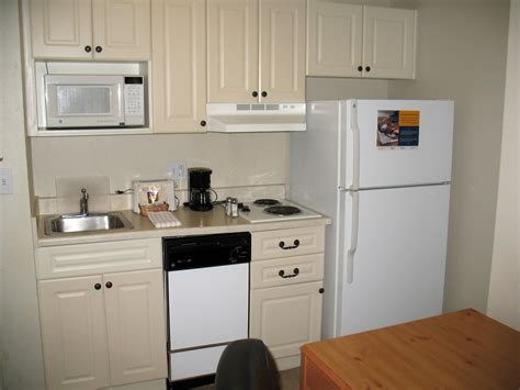cheap motels with kitchens can you live in a motel how much does it cost to live in