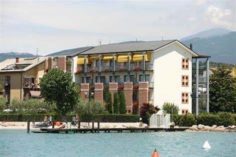 hotel du lac bardolino hotel du lac et bellevue bardolino lago di garda