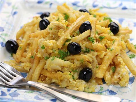 cuisine portugaise morue bacalhau a bras morue à la portugaise recette de bacalhau a bras morue à la portugaise