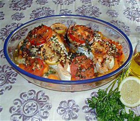 cuisiner du poisson au four recette de poisson au four à la marocaine